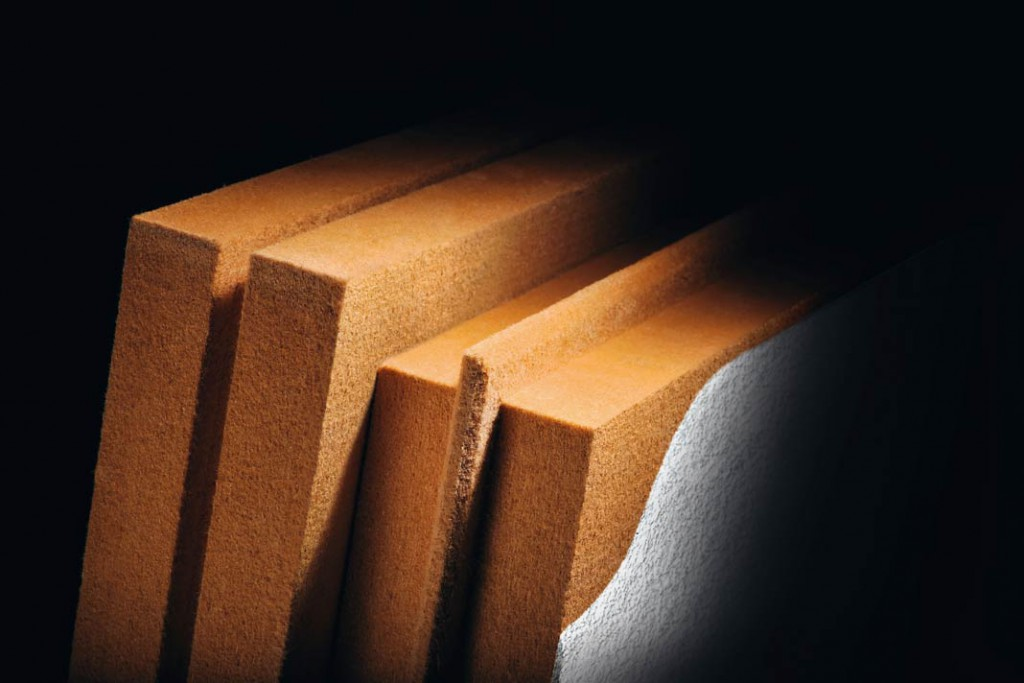 Holzfaserdämmplatte mit Flammschutz